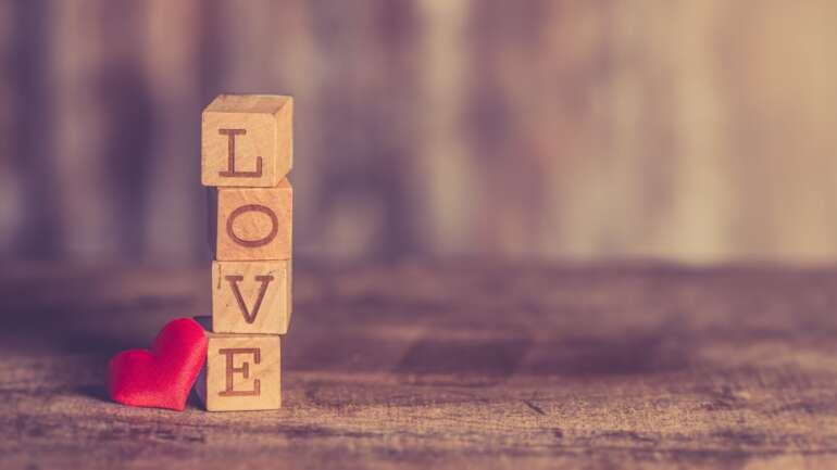 Lesson #30 Our natural way of being is Love – Express it